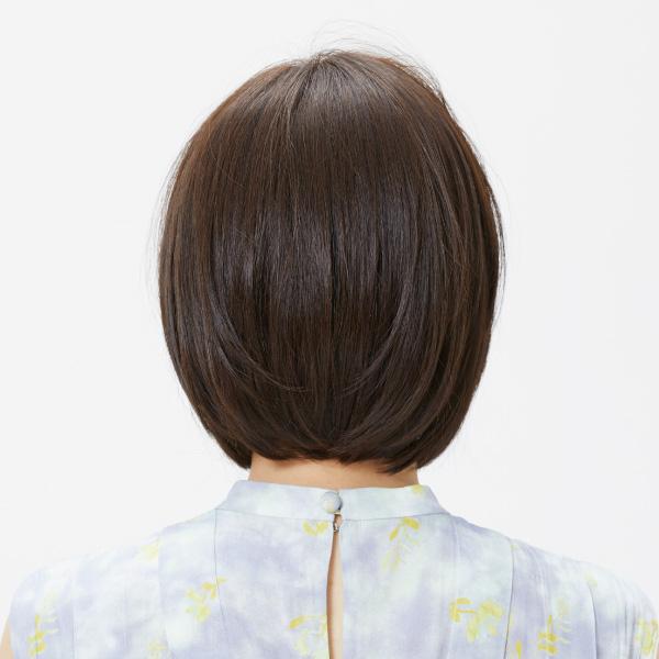 前髪を流す